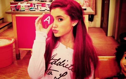 Ariana-Grande-sam-and-cat-35256302-500-312